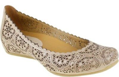 Women's Earthies Bindi Flats - Biscuit - LIMITED! FREE SHIPPING!