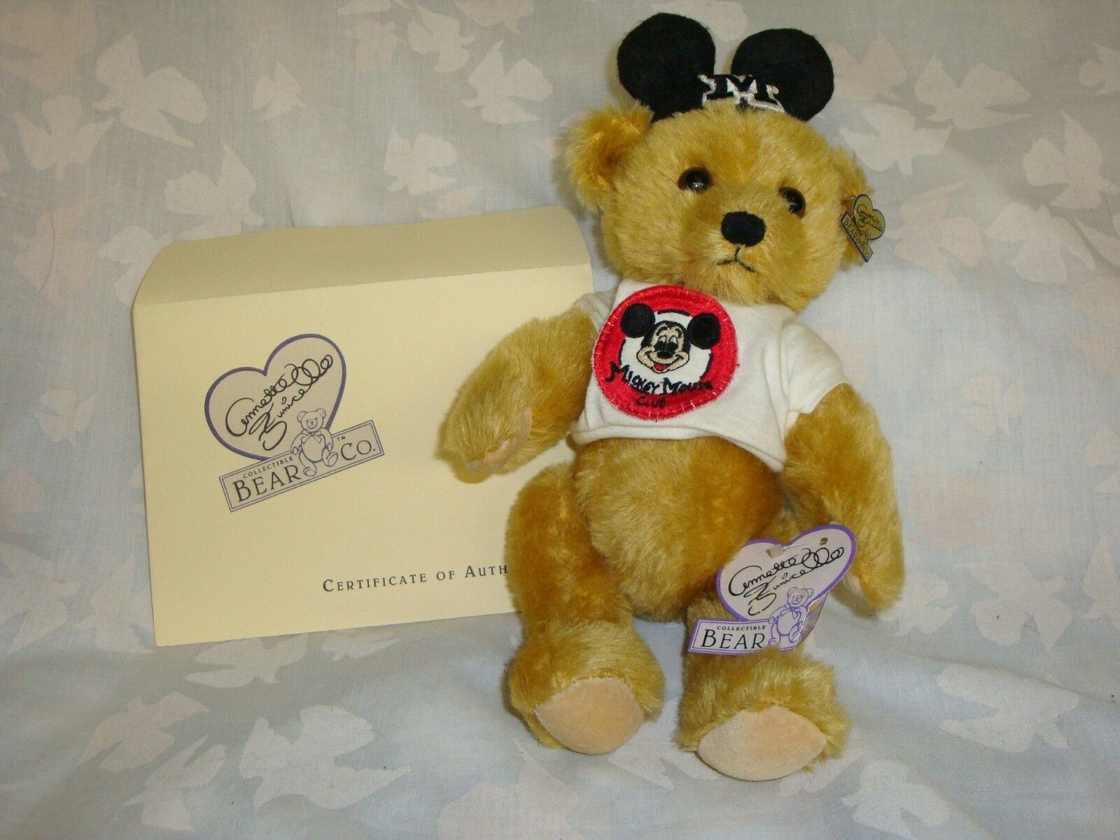 ANNETTE FUNICELLO MONDAY'S MOUSEKEBEAR with TEE SHIRT NEVER DISPLAYED