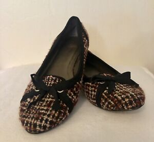 Details About Seychelles Shoes Flats Tiny Heel Multi Color Fabric W Black Trim Bow Size 8