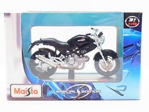 LOT-13479-Maisto-39300-034-Ducati-MONSTERDARK-034-Die-Cast-Motorrad-1-18-NEU-OVP