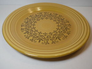 VINTAGE-10-034-HOMER-LAUGHLIN-FIESTA-COVENTRY-CASUALSTONE-ANTIQUE-GOLD-DINNER-PLATE
