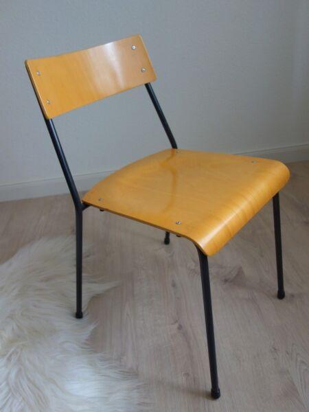 1 Stuhl Stapelstuhl Stahlrohr Schichtholz Loft Industrie Design Midcentury