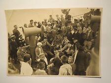 Wesermünde - L. - Menschen auf einem Schiff ?`Männer mit Mütze Abzeichen ? Foto