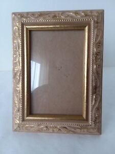 Metallic-Gold-Tone-Beige-Resin-Picture-Frame-3-1-2-034-x-5-1-2-034