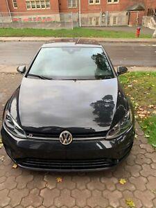 2019 Volkswagen Golf R -