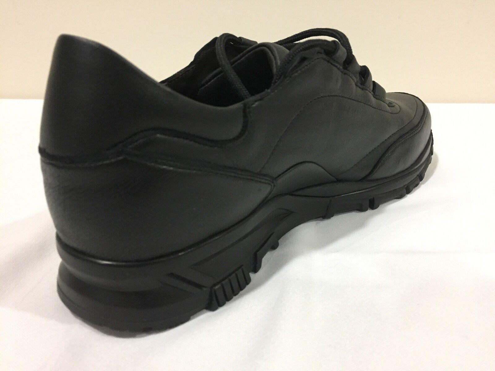 New Lanvin nero Soft Calfskin Calfskin Calfskin Cross-Trainer Runway scarpe da ginnastica Dimensione 8  795.00 c20041