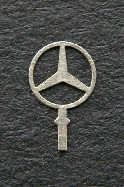 Mercedes-Benz STERN Star Logo Cooling Emblem 4,6mm  1:18  AutoArt CMC SunStar