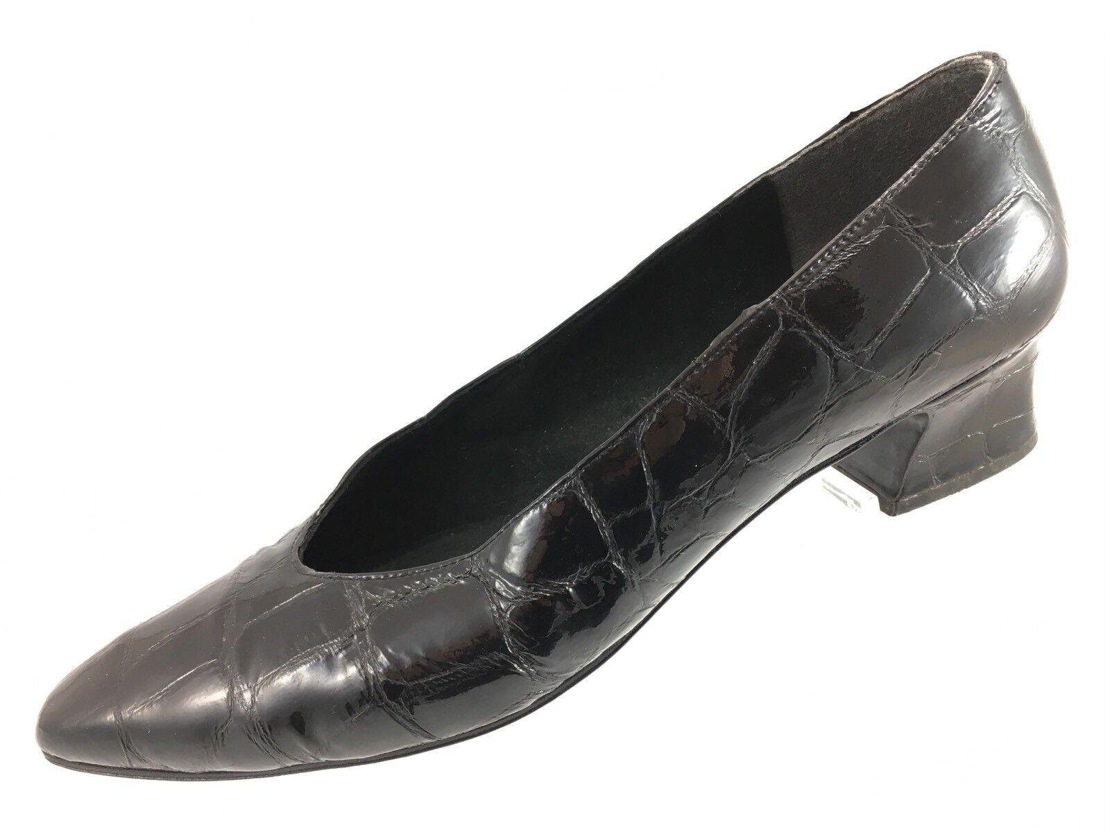 SH20 Stuart Weitzman 8.5AA Black Croc Patent Leather Block Kitten Heel shoes