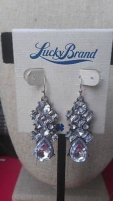 DEPARTMENT STORE - LUCKY BRAND WHITE CRYSTAL DROP EARRINGS