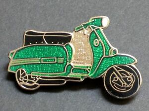 Lambretta Target Quality Green Leather Keyring