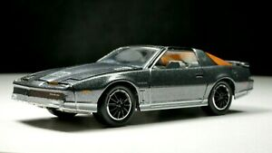 1985-Pontiac-Firebird-Trans-Am-1-64-Scale-Rare-Diecast-Diorama-Car-Real-Riders