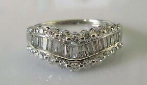Secondhand18ct-White-Gold-Multi-Cut-Diamond-0-65ct-V-Shape-Band-Ring-Size-M