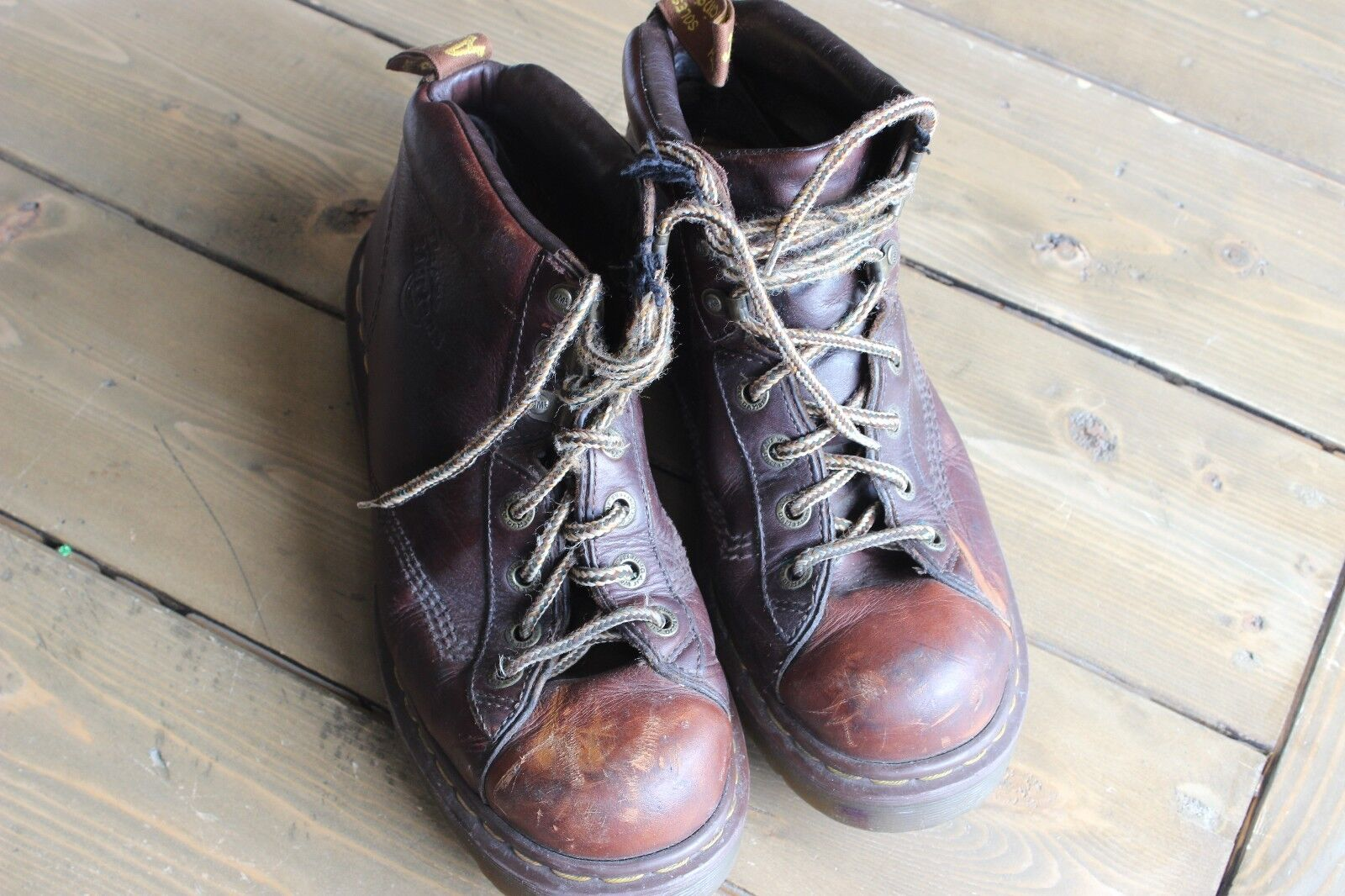 Distress Doc Dr Martens Air Wair Brown Leather Boots Size US 9