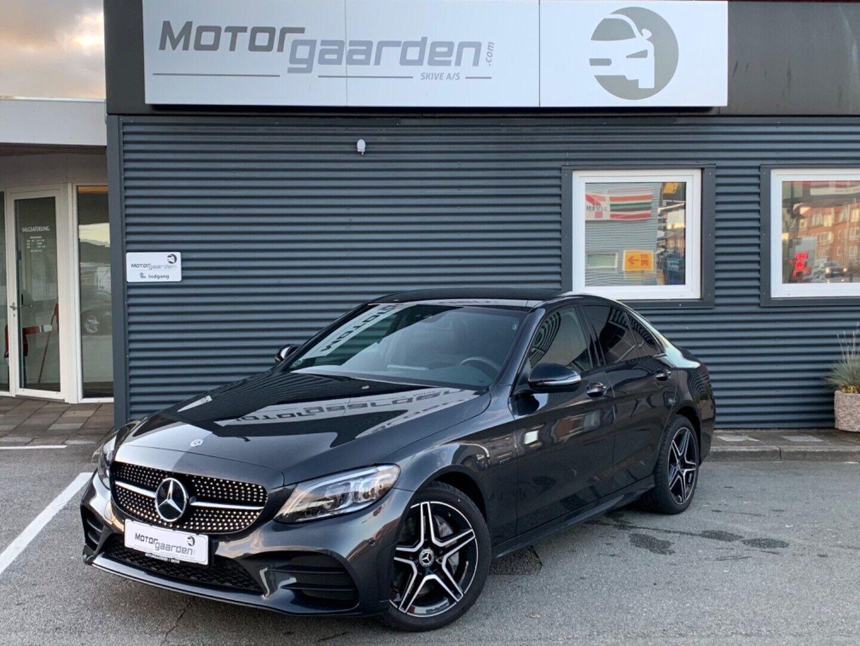 Mercedes C300 de 2,0 aut. 4d - 569.900 kr.