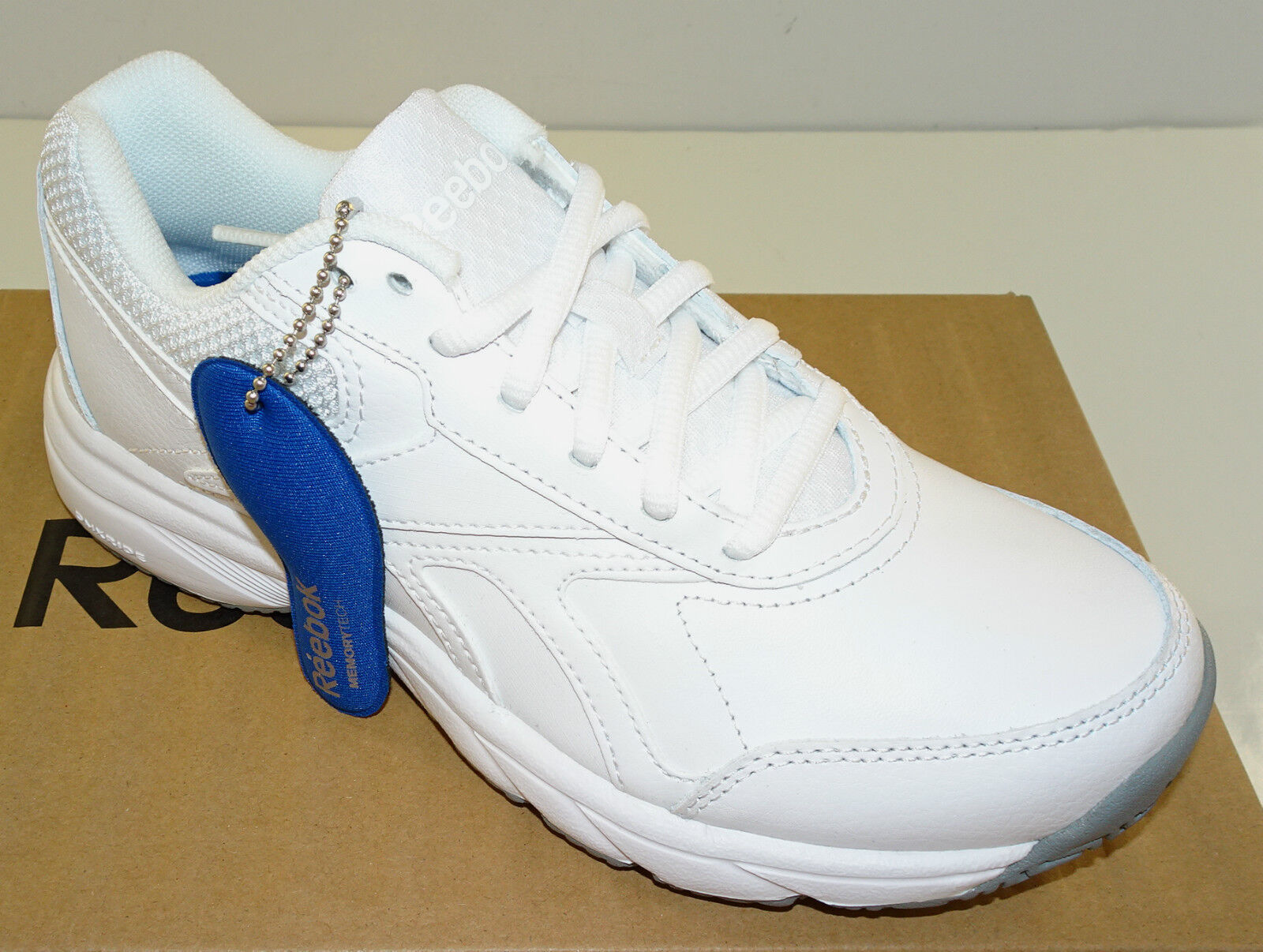 REEBOK Women's Work n' Cushion Walking shoes V70618 Oil Slip Resistant White