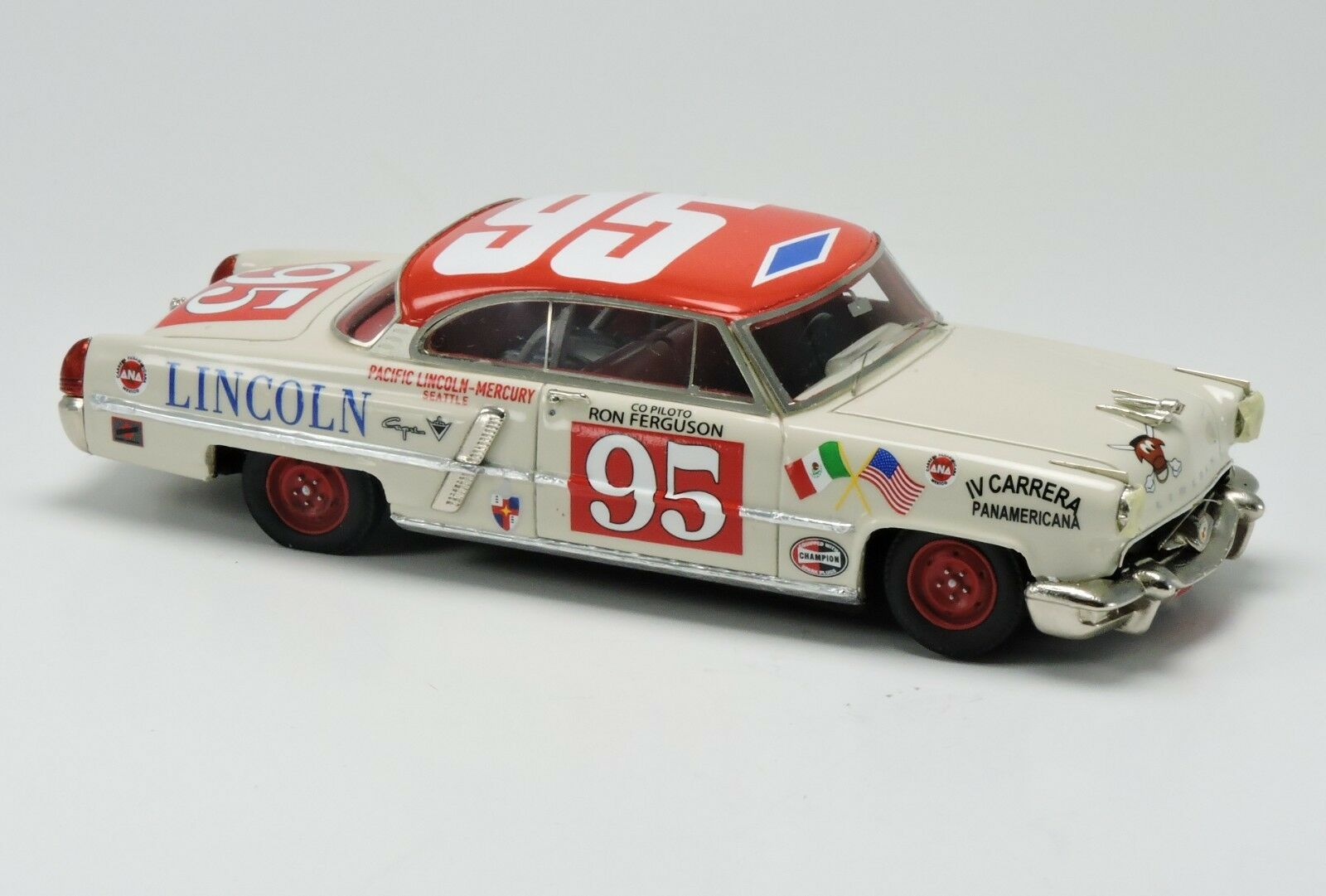Kit Lincoln Capri IV Carrera Panamericana 1953 Arena Models kit 1 43