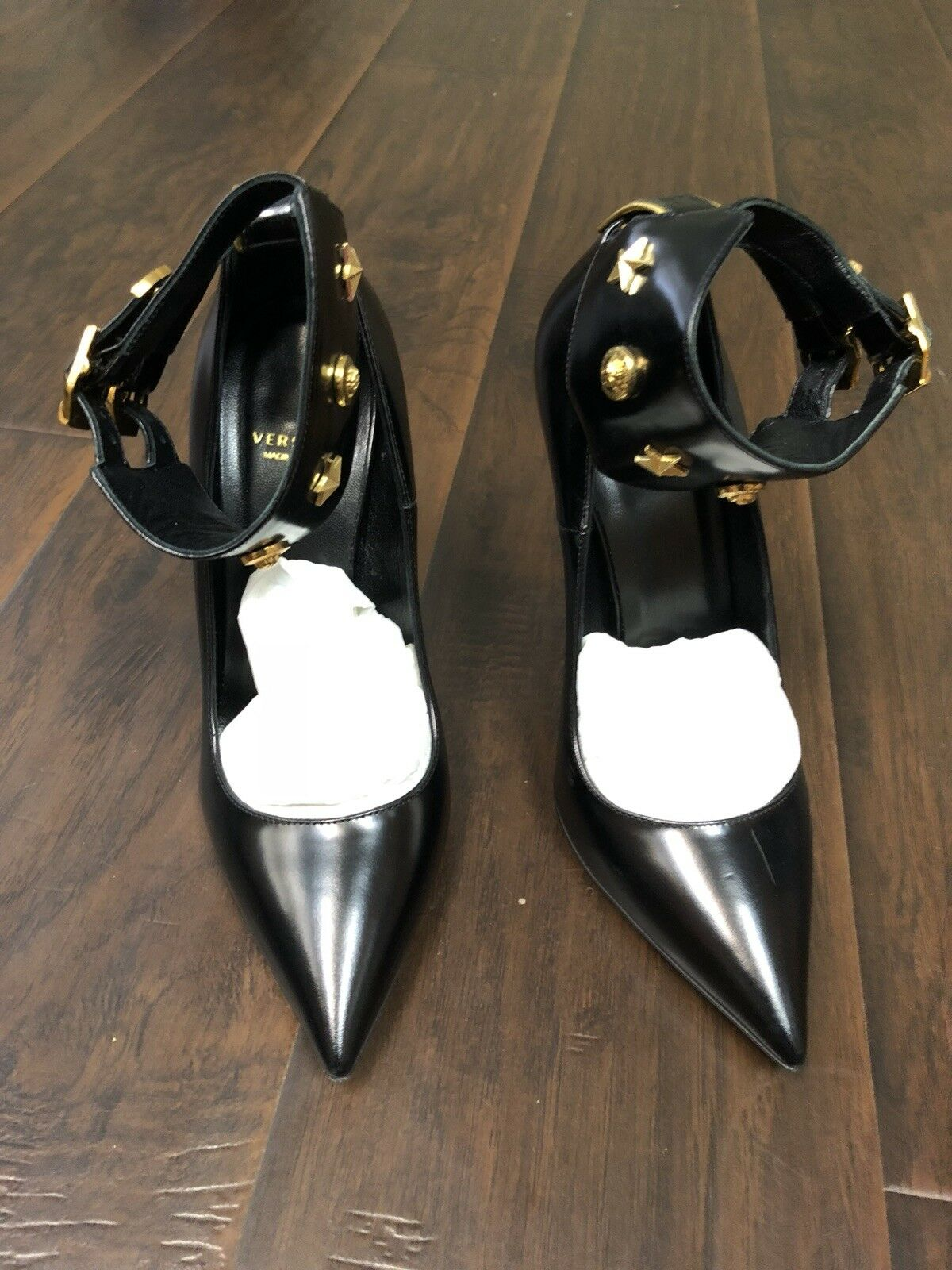 Autentisk Versace -svart pump (använd en gång)