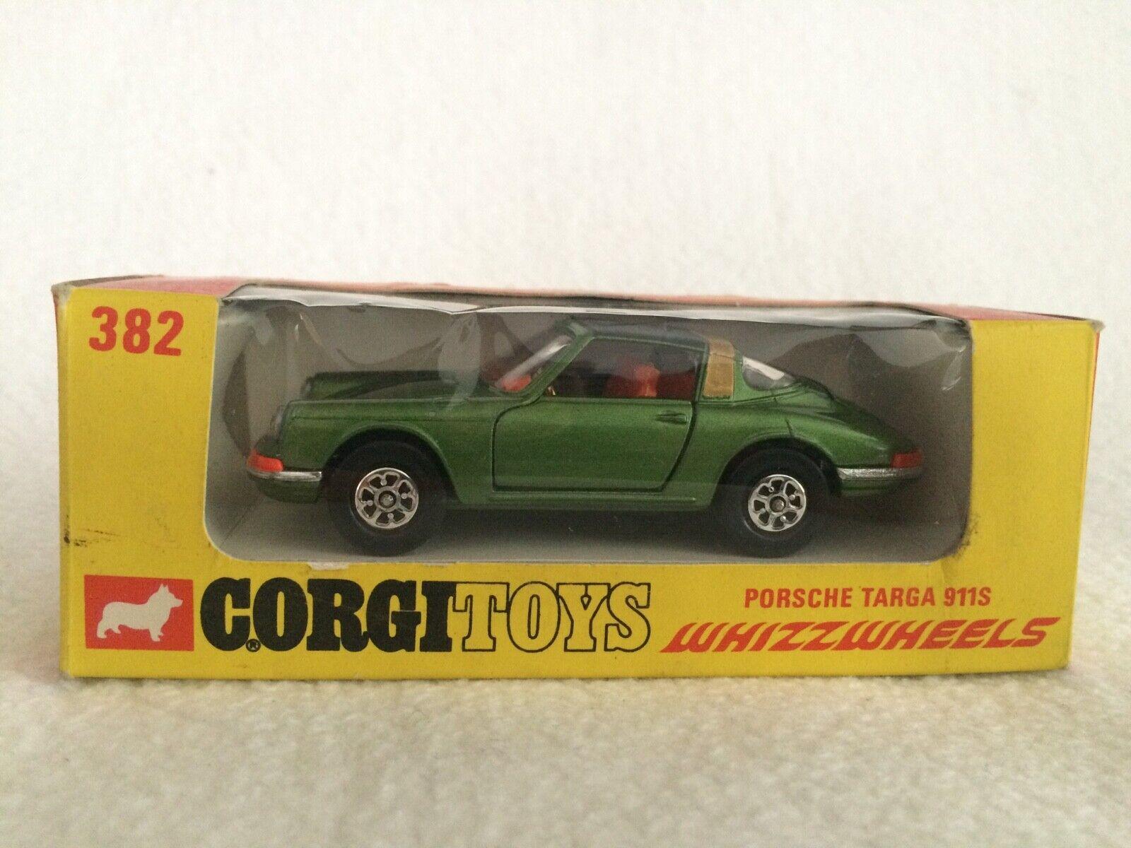 Corgi 382 Porsche Targa 911S  in der Original-Box
