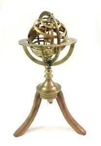 Vintage-Messing-Armillarsphaere-Astrolabium-auf-Holzstativ-nautisch-Antikes-Dekor
