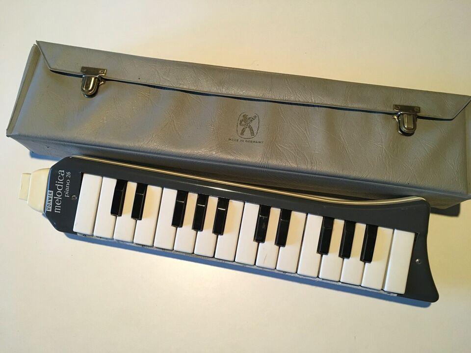 Melodica, Hohner Piano 26