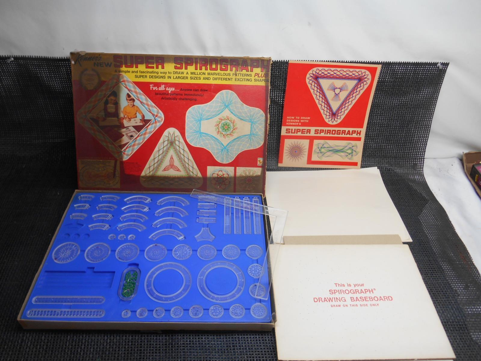 Old Vtg 1969 KENNER'S SUPER SPIROGRAPH No. 2400 Drawing Pattern  95% COMPLETE