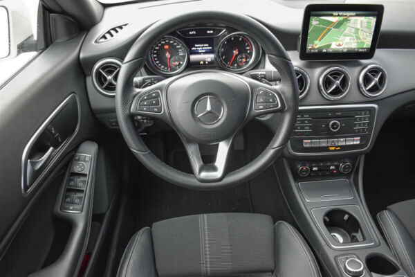 Mercedes CLA200 1,6 SB aut. billede 5