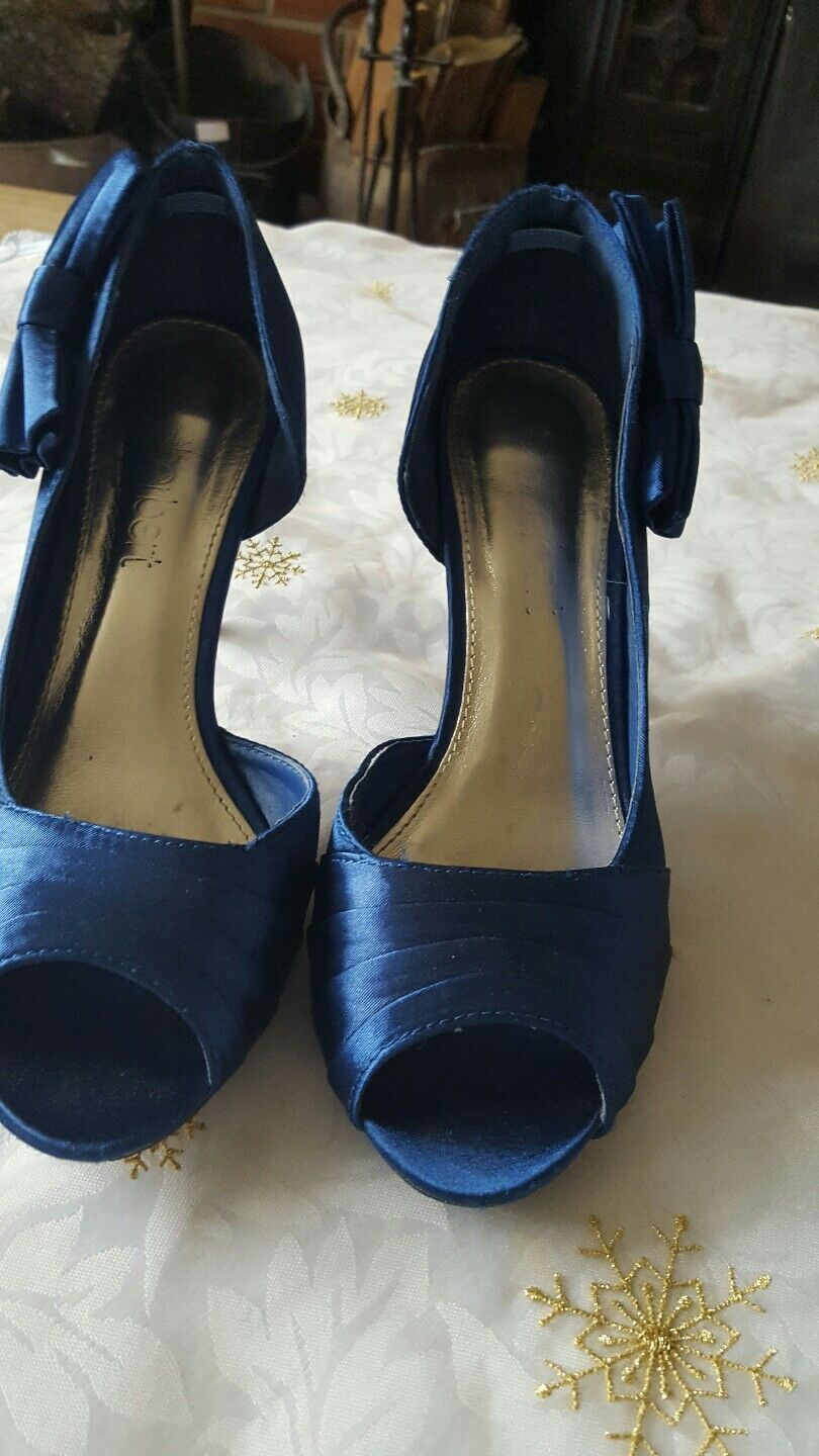 Ladies Blue bow