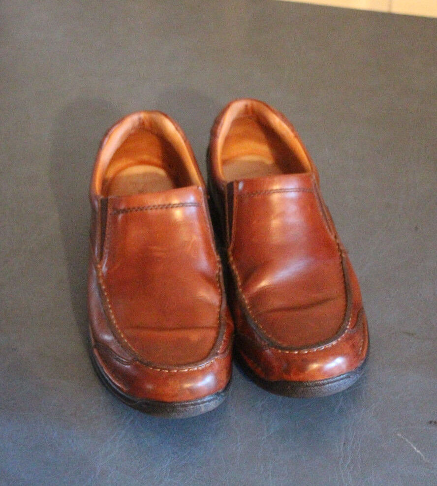 Johnston & Murphy Men's shoes Size 8.5M, 8 1 2M Brown Leather Slip On 257204