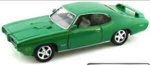 American-Classics-1969-Pontiac-GTO-Judge-Green-1-24