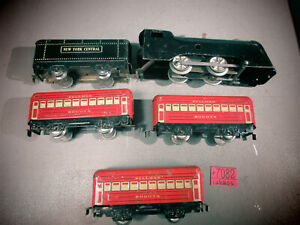 Marx-Pre-War-Commodore-Vanderbilt-Locomotive-W-U-W-TENDER-Red-Passenger-Cars