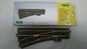 Trix-62611-HO-Manual-Left-Hand-C-Track-Point-Scale-HO-00-Brand-New