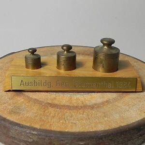 3-x-Messing-Gewichte-Gewichtskasten-Gesellenpruefung-Blumenthal-1984