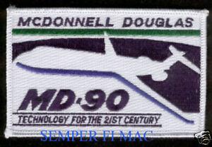 MCDONNELL DOUGLAS AIRCRAFT COMPANY MD HAT LAPEL PIN UP PILOT CREW LONG BEACH CA