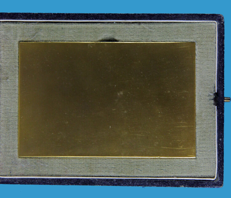 Plakette verg.u.teilemailliert 2.Ländertreffen der der der Armbrustschützen Landshut1956 f734c9