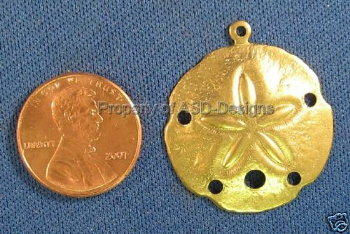 25pc Raw Brass Nautical Large Sanddollar Charms 4506