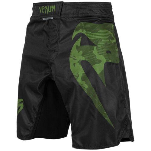 Light 3.0 schwarz-grün Venum MMA Fight Shorts