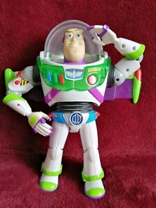 Buzz-lightyear-talking-light-up-11-034-utility-belt-rare-toy-story-FULLY-WORKING-VG
