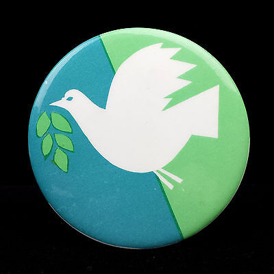 1968 Anti-War Vietnam Protest Pin National Mobilization Committee Emblem