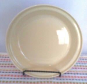 Image is loading Fiestaware-Ivory-Deep-Dish-Pie-Baker-Ivory-Fiesta-  sc 1 st  eBay & Fiestaware Ivory Deep Dish Pie Baker Ivory Fiesta Pie Pan | eBay