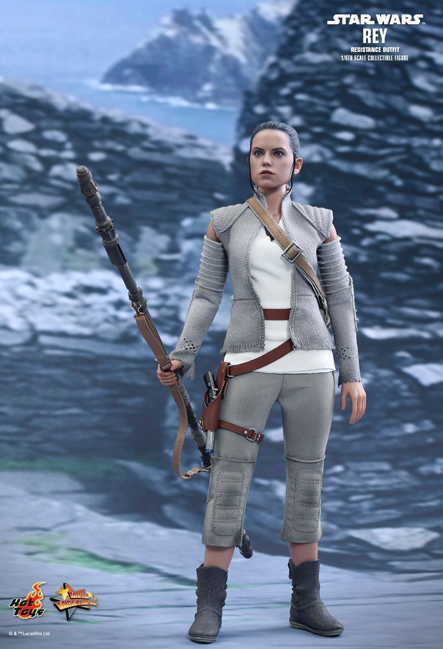 STAR WARS - Rey Resistance Outfit 1/6th Scale Action Figure MMS377 (Hot Toys)