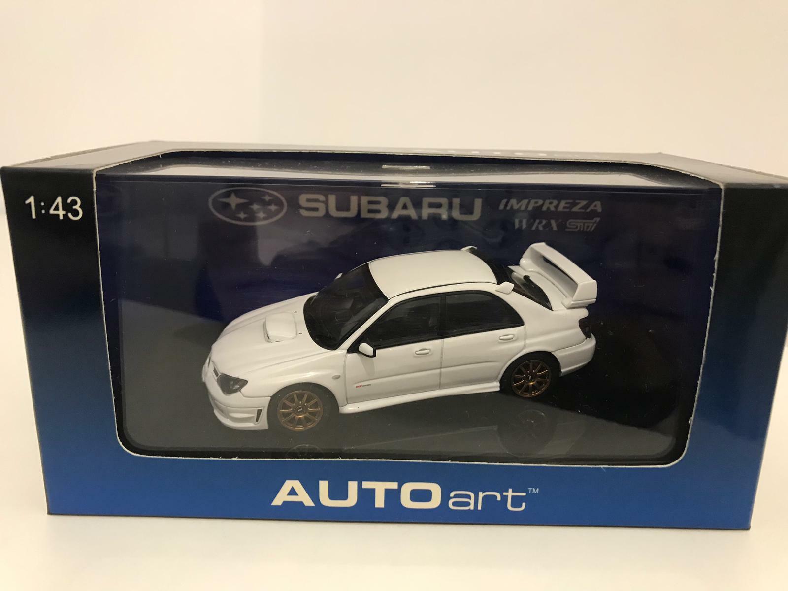 AutoArt Subaru Impreza WRX STI 2006 blanc 1 43 58682 RARE