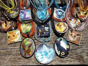 Eeveelution-Pendant-necklace-charm-keychain-heart-Pokemon-Card-Eevee-dark-light