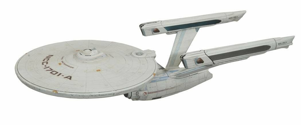 STAR TREK  NCC - 1701 A Modell light+ sound 40cm NEU