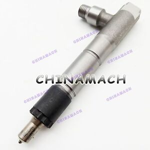 New Fuel Injector Assembly for Yanmar 4TNV98 Diesel Engine
