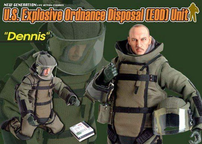Dragon 1 6 Scale 12  US Explosive Ordinance Disposal Dennis Action Figure 72044
