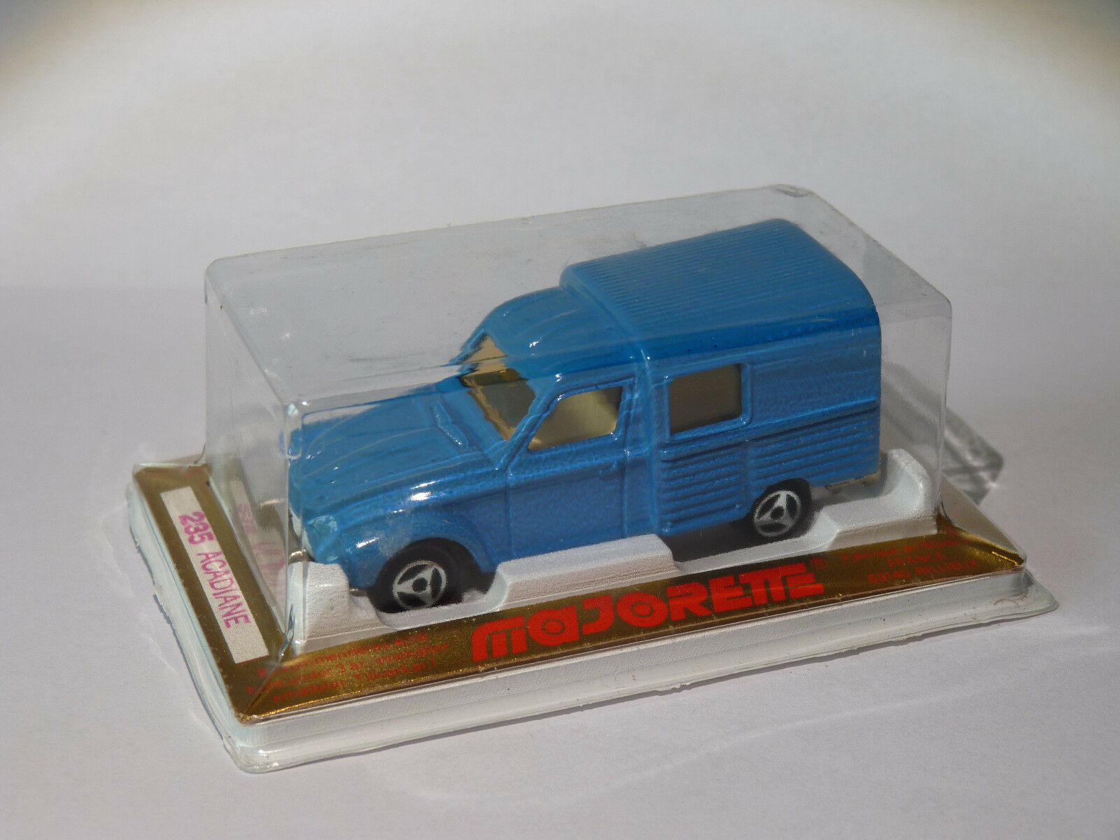 Citroën Acadiane - rif. 235 nuovo in scatola au 1/60 de Majorette