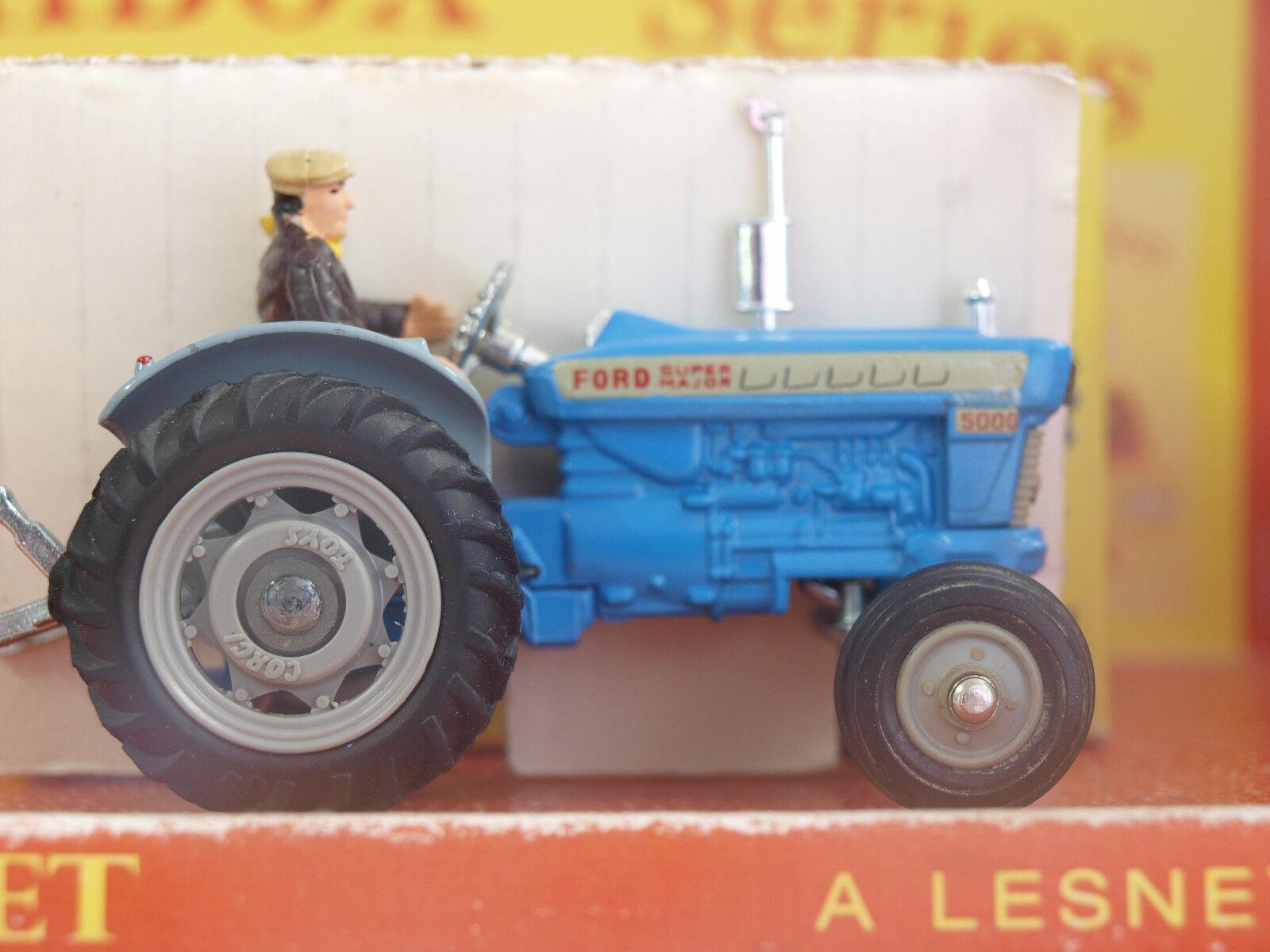 Vintage CORGI No.67. Ford 5000 Super Major Tractor. Complete with original box.