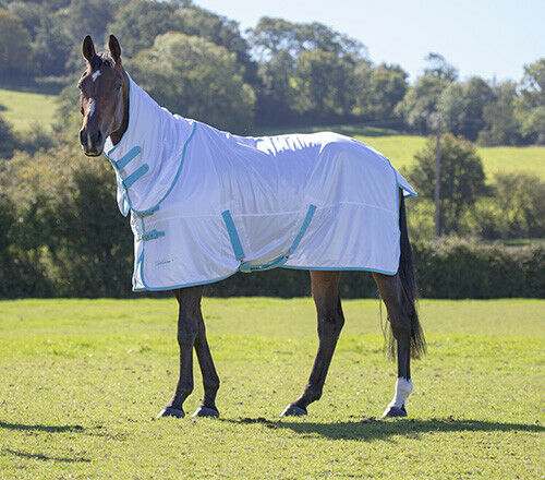Shires Tempest Fly Sheet  bianca  Different Dimensiones