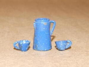 Dollhouse Miniature Blue /& White Enamelware Coffee Cups /& Holder 5 pcs