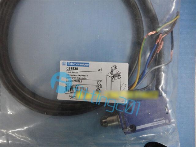 ONE Schneider limit switch XCMD2102L1
